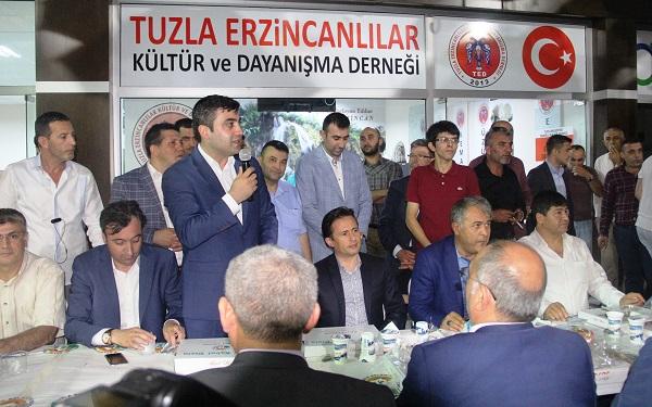Tuzla'da Yaşayan Erzincanlılar İftarda Biraraya Geldi