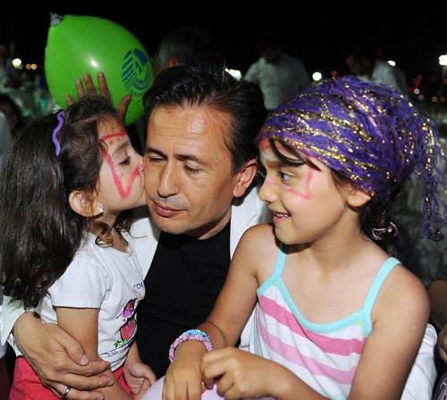 Tuzla Belediyesi Gönül Elleri Çarşısı, 21. Geleneksel Yetimler Haftası İftarı Düzenledi