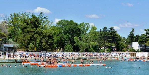 Tuzla Belediyesi Halk Plajı Sezonu Açtı