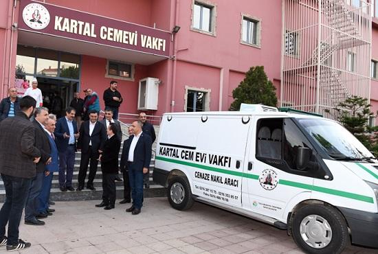 Tuzla Belediyesi, Kartal Cemevi Vakfı'na Cenaze Nakil Aracı Tahsis Etti