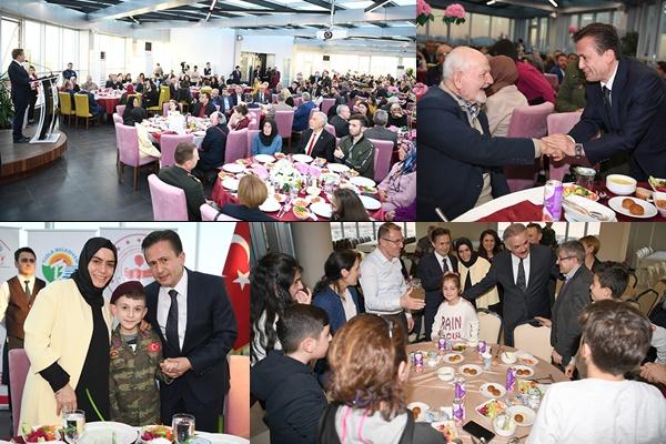 Tuzla Kaymakamlığı ve Tuzla Belediyesi, Aziz Şehitlerimiz ve Gazilerimizin Ailelerine Vefa Yemeği Düzenledi