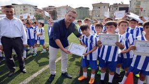 Tuzlalı 420 Çocuk, Tuzla Belediyesi Yaz Futbol Okulu'nda Eğitim Aldı