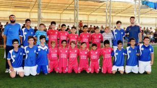 Bilgi Evleri ve Tuzlaspor Maçını Dostluk Kazandı