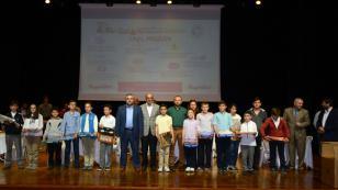 Tuzla Belediyesi Akıl ve Zeka Oyunları Turnuvası'nda Dereceye Giren Öğrenciler Ödüllendirildi