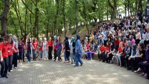 '7 Bölge, 7 Renk' Tuzla Belediyesi Şehit Ömer Halisdemir Gençlik Kampı'nda