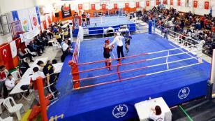 Tuzla Belediyesi, Cumhuriyet Bayramı'nda Muaythai Şampiyonası Düzenledi