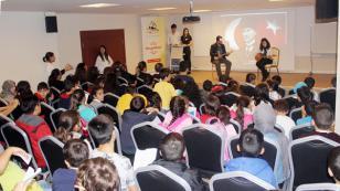 Tuzla Belediyesi Eğitim Birimleri, Atatürk'ü Andı
