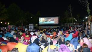 Tuzla Belediyesi, Açık Hava Sinema Günleri Düzenliyor