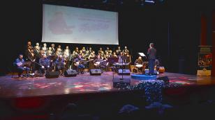 Tuzla Belediyesi THM Topluluğu, Sezonu Neşet Ertaş'ın Türküleriyle Açtı