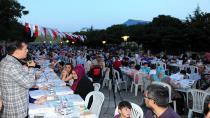 Tuzla'da 90 Bin Kişi Ramazan'ın Bereketini Paylaştı