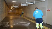 Tuzla Belediyesi, YHT Yaya Altgeçitlerini Yüksek Basınçlı Makineyle Yıkıyor
