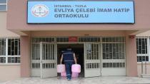 Tuzla Belediyesi'nden Okullara Temizlik Malzemesi Desteği
