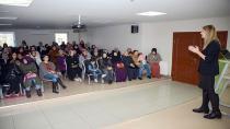 Tuzla Belediyesi, Aile İçi Etkili İletişim Yolları Semineri Düzenledi