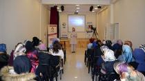 Bilinçli Anne-Güvenli Çocuk Eğitim Programı, Tuzla Belediyesi Anne Çocuk Eğitim Merkezi'nde Başladı