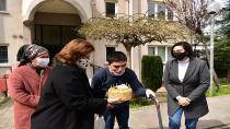 Başkan Yazıcı'dan Tuzla'nın Özel Çocuğu Yusuf'a Doğum Günü Pastası